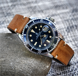 Vintage Rolex Submariner on a 20mm Oak Classic Vintage Leather Watch Strap Band BandRBands