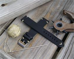 18mm Black Classic Vintage Leather Watch Band Strap with ecru creamy stitches