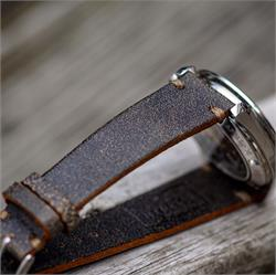 20mm 22mm Roadmaster Horween distressed vintage leather watch strap band with a beautiful khaki stitch handmade