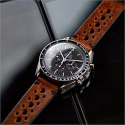 BandRBands 20mm Cognac Vintage Leather Racing Rally Watch Band Strap on the Omega Speedmaster professional