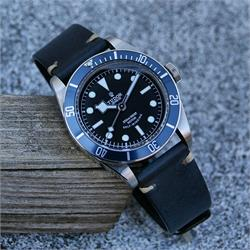 B & R Bands Navy Horween Classic Vintage Strap Band on the Tudor Black Bay 18mm 20mm 22mm