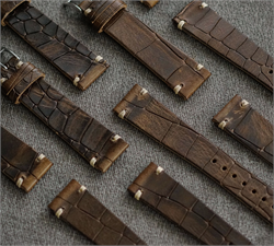 BandRBands bark 18mm 20mm 22mm Vintage Watch Band made from Italian embossed leather with ecru stitching